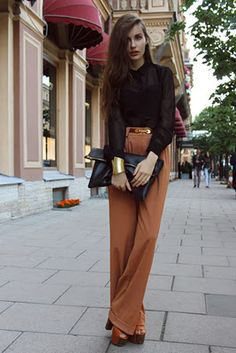 Loving this look especially the Katherine Hepburn style trousers.