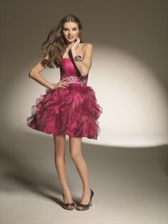 2011 Style A-line Sweetheart  Beading  Sleeveless Short / Mini  Organza Red Cocktail Dress / Homecoming Dress $119.99 #MyeSoul