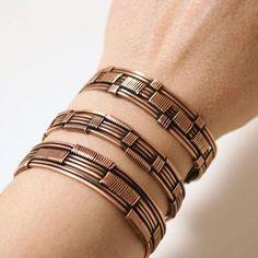 Hey, j'ai trouvé ce super article sur Etsy, chez https://www.etsy.com/fr/listing/520184771/ensemble-de-bracelets-de-cuivre-ensemble