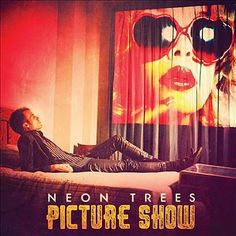 I just used Shazam to discover Everybody Talks by Neon Trees. http://shz.am/t54118571