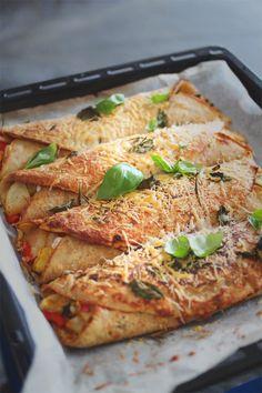 ovnsbakte crepes med brie og grønnsaksfyll