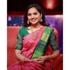 Samvrutha Sunil in a seematti saree Kerala Saree Blouse Designs, Saree Blouse Neck Designs, Mirror Work Blouse Design, Best Blouse Designs, Saree Trends, Designer Blouse Patterns, Saree Models, Sarees, Embroidery Blouses