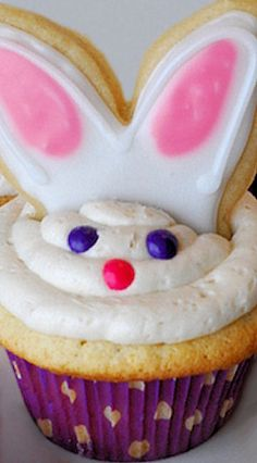 Easter Bunny Cupcakes (Vanilla Cupcakes with Vanilla Buttercream Icing)