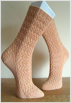 Osier sock by Nicole Masson - free