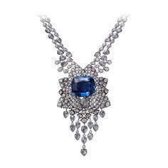 Cartier. Collar Hyacintho. Platino, un zafiro cojín de Ceilán de 32,14 quilates, un diamante pera talla rosa de 2,33 quilates D VVS1, diamantes pera talla rosa y diamantes talla brillante