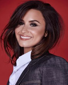 Tell it how it is Demi Lovato Demi Lovato Makeup, Demi Lovato Style, Lady Gaga, New Mexico, Demi Lovoto, Demi Lovato Pictures, Selena, Youtubers, Makeup Looks