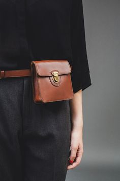 Brown belt bag on bl