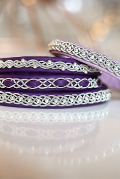 Viking Bracelet, Wood Bracelet, Leather Art, Imitation Jewelry, Diy Arts And Crafts, Reindeer, Bangles, Purple, Leather Crafting