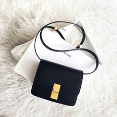 Designer Leather Bags for Women - Fashion Bags Online – Upto Off – Page 2 – W. Fashion Handbags, Purses And Handbags, Fashion Bags, Box Bag, Sacs Design, Leather Box, Celine Bag, Cute Bags, Leather Design