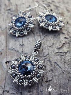 Комплект  «Венеция» с  кристаллами  Сваровски