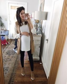 Don't mind my chaos behind me 🤪 Love this non maternity over sized sweater . Maternity Leggings Outfit, Maternity Clothes Online, Maternity Fashion Dresses, Winter Maternity Outfits, Stylish Maternity, Maternity Wear, Legging Outfits, Pregnancy Wardrobe, Pregnancy Outfits
