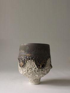 margadirube: neuboheme:Ryota Aoki, (via Ryota Aoki, Japan Ceramic Bowls, Ceramic Pottery, Pottery Art, Ceramic Art, Slab Pottery, Pottery Studio, Japanese Ceramics, Japanese Pottery, Kintsugi