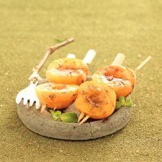 Brochettes d'abricots à la menthe