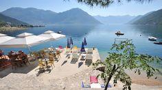 Ljetovanje u Boki Kotorskoj  Apartmani Morinj nalaze se uz samu obalu bokokotorskog zaliva. Smješteni su u malom primorskom mjestu, idealnom za pravi odmor.