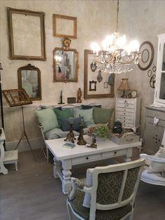Home: Wohnen mit Vintagemöbel - Ausstellung im Laden UNIKATUM-Luzern
