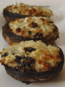 Αχ, αυτά τα μανιτάρια! Το απόλυτο υποκατάστατο του κρέατος. Και τα βρίσκεις σε τόσες διαφορετικές ποικιλίες που πραγματικά δεν τ... Asparagus And Mushrooms, Stuffed Mushrooms, Cooking Time, Cooking Recipes, Appetisers, Greek Recipes, Finger Foods, Food To Make, Side Dishes