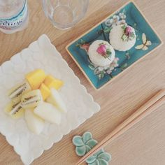 バリ島発のトロピカルな高級食器ブランド♩『ジェンガラ・ケミック』のお皿は引き出物にぴったり♡にて紹介している画像(右は別ブランド)