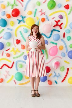 My favorite party ideas are the most simple and straightforward. This balloon wall fits that category. This would be awesome as party decor backdrop or as a photobooth! To emphasize the different shap