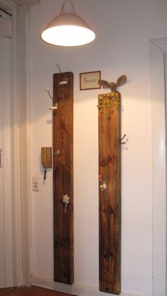 Neue Garderobe Neue Garderobe Tags Haken Garderobe Holz The post Neue Garderobe appeared first on Garderobe ideen. Hall Closet Organization, Interior, Diy Furniture, Interior Inspiration, Home Furniture, Home Decor, Home Diy, Modern Wall Decor, Small Laundry Room