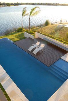 Casa junto al Agua / Ramirez Arquitectura (© Eugenio Valentini)