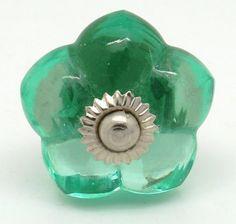 CK155 Vintage Green Flower Glass