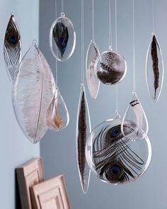 Floating feathers epoxi idea - ELLEDecor.com