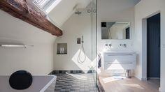 verbouwing-renovatie-woonboerderij--badkamer-in-slaapkamer-met-inloopdouche-en-kledingkast