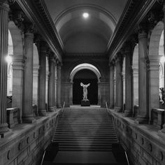 This view of a plaster cast of the Winged Victory (Nike) of Samothrace at the top of the Grand Staircase in the Great Hall was photographed in 1944. #TheMet #TBT #NikeofSamothrace