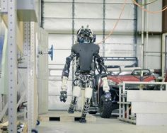 """MIT""""s humanoid robot goes to robo boot camp http://wrd.cm/1dnwKyt"""