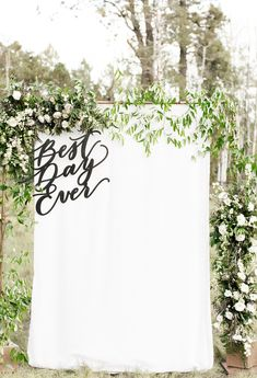 Intimate Outdoor Chic Wedding in the Middle of Arizona Pines wedding – Outdoor Wedding Decorations 2019 Outdoor Wedding Backdrops, Wedding Ceremony Backdrop, Outdoor Wedding Decorations, Wedding Centerpieces, Outdoor Weddings, Wedding Ceremonies, Wedding Backdrop Photobooth, Wedding Aisles, Rustic Weddings