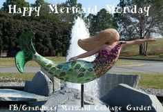 Lovely Mermaid Sculpture