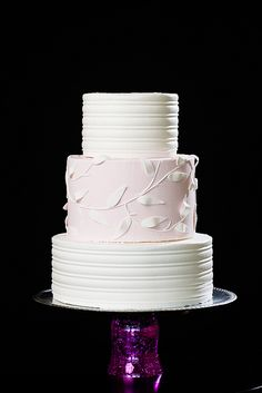 WOW-24 by The Wow Factor Cakes, via Flickr