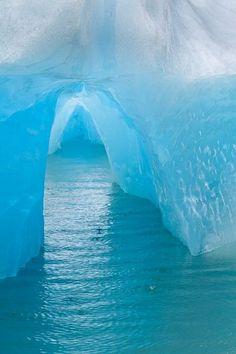 Papel de parede gelo-água - www.whatsappmesse... - Acesse e veja como mudar o papel de parede do seu WhatsApp.