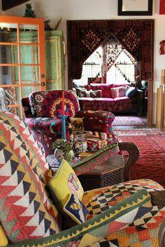 Julie's Houzz - eclectic - living room - los angeles - Madison Modern Home - elegant decor Boho Chic Living Room, Eclectic Living Room, Bohemian Living, Eclectic Decor, Living Spaces, Bohemian Bedrooms, Eclectic Style, Bohemian Style Home, Bohemian Interior