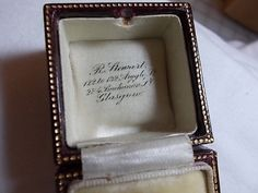 Vintage Gray Faux Leather Textured Red Velvet Lined Glasgow Jeweler/'s Ring Box
