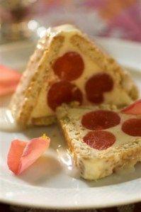 Erna Conradie Ek plaas gou 'n heerlike reseppie vir die wat dit wil maak vir hulle nm. Easy Cheesecake Recipes, Tart Recipes, Great Recipes, Baker Recipes, Cooking Recipes, No Bake Desserts, Dessert Recipes, German Baking, South African Recipes