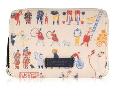 Radley Streets of London. Radley medium zip around purse. This gorgeous and unique design will be loved by fans ! Ladies Radley Purse.