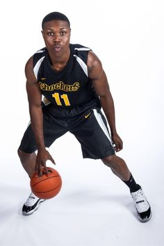 Cleanthony earl is going to the Knicks in the NBA!!!!!!!