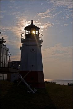 Lighthouse, Vermilion, Ohio - Lake Erie Shore