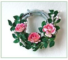how to: rose wreath by Marianne Cook (AIM #49, page 36)