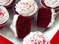 Receta de Cupcakes Rojos con Betún de Queso Crema
