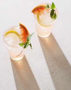 Anna Koval drinks foodphotography foodstyling A+ Summer Cocktails, Cocktail Drinks, Cocktail Recipes, Food Photography Styling, Food Styling, Light Photography, Drink Menu, Food And Drink, Cocktail Photography