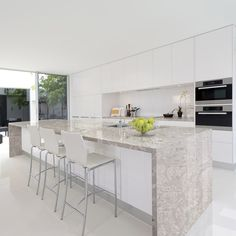 Luxury Small Kitchen Fantastic Prefab Kitchen Cabinets Designs That Will Be Huge In In 2019 Small Condo Kitchen, Living Room Kitchen, New Kitchen, Kitchen Decor, Kitchen Ideas, Kitchen Stools, Outdoor Kitchen Design, Modern Kitchen Design, Kitchen And Bath Remodeling