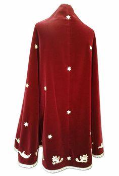 1.5 Mantos y vestidos Mantle, robe, religious habit