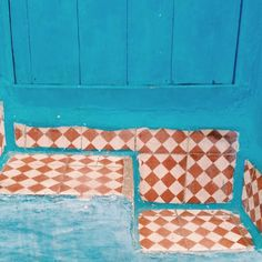 #chefchaouen #morocco #blue#turquoise #tileaddiction #tiles #floorporn #tilework #tilers #vscoonly #vscofilter #vscogram #traveladdict #instapassport #instadestination #bluecity#ig_worldclub #igafrica #instamorocco #wanderlust #flooring #instacolor #igers #traveling #travelgram#medina #medinah#globe_travel #floortiles by karo_nvk
