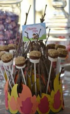 S'mores for western party or camping party Cowboy Birthday Party, Cowgirl Party, 1st Birthday Parties, Birthday Ideas, Rodeo Party, 4th Birthday, Party Centerpieces, Back To Nature, Party Planning