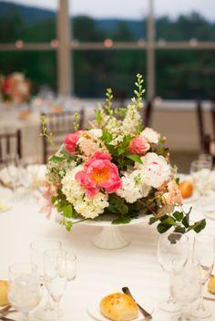 Elegant and Romantic wedding by Lindsay Madden