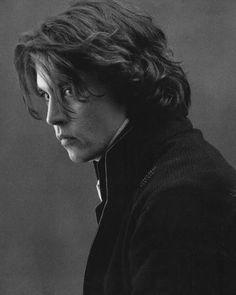 Awwwww❤❤ I do love me some handsome Johnny Depp