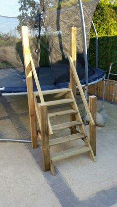 Trampoline stairs