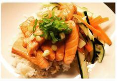 HANDELSHUSET HETTE — Laks med marinerte grønnsaker.                    ...